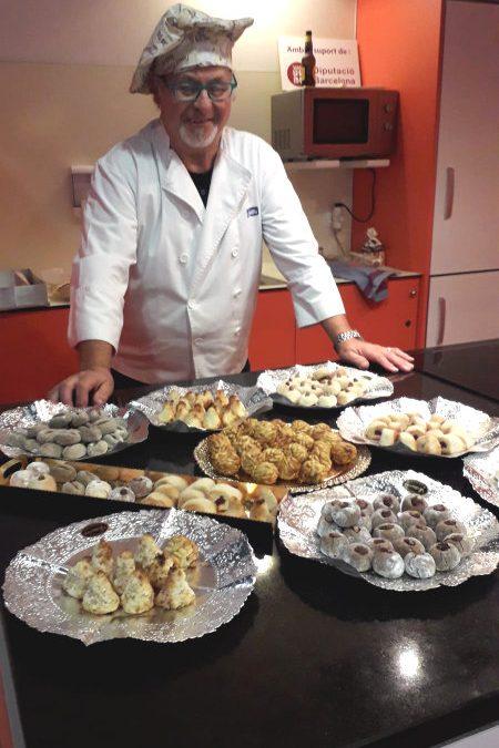 Primer taller de l'Aula de cuina del Mercat tardor/hivern 2019: «Fem Panellets»